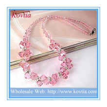 Прекрасное ожерелье из розового хрусталя с бриллиантами высокого качества