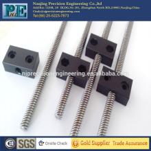 Nanjing fabricante de alta calidad de la demanda agradable de inyección de plástico POM tuerca de tornillo de plomo