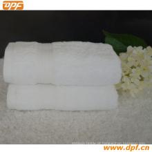 Toalha de hotel na cor branca (DPF7801)