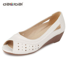 2014 soft sole leather indian sandals for women