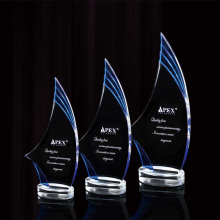 Premier trophée acrylique personnalisé et plus