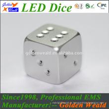 Dice de jeu standard de 19mm de jeu de dés de MCU blanc coloré LED en alliage d'aluminium de commande numérique par ordinateur dés