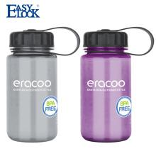 Широкий рот прозрачный бутылки питьевой воды с фирменным логотипом