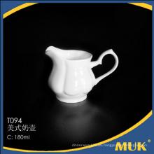 Buena calidad de las existencias vajilla al por mayor de lujo de porcelana de leche blanca olla