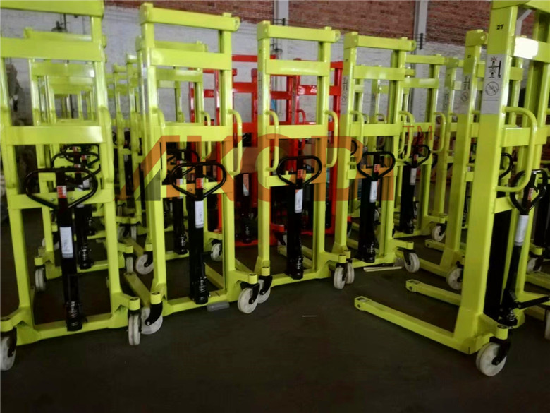 Manual Forklift Stacker