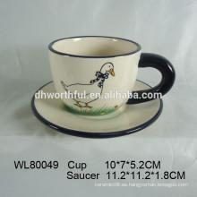 2016 nueva taza de cerámica de la taza del pato del estilo con el platillo para la venta al por mayor