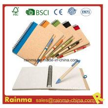 Artigos de papelaria da escola e do escritório com caderno