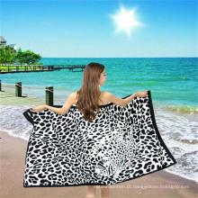 Toalha de praia em microfibra sexy com estampa de leopardo