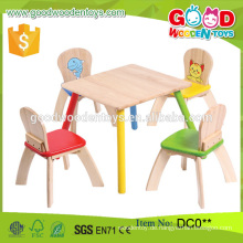 Art- und Weiseart-nagelneue Qualitäts-hölzerne Kindertabelle und 4-Stuhl-Satz Großverkauf China Alibaba