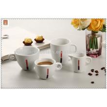 Heiße Verkaufs-Großverkauf-keramische Teeschalen eingestellt