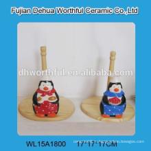 Прекрасный держатель керамической ткани для пингвинов