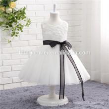 weiße Farbe Sleeveless Design und Soem-Versorgungsmaterial-Art Tüll-Mädchen-Parteikleider