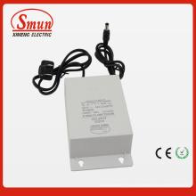 12V2a 24W Adaptador de corriente CA impermeable a prueba de lluvia al aire libre IP44 100-240VAC para cámara