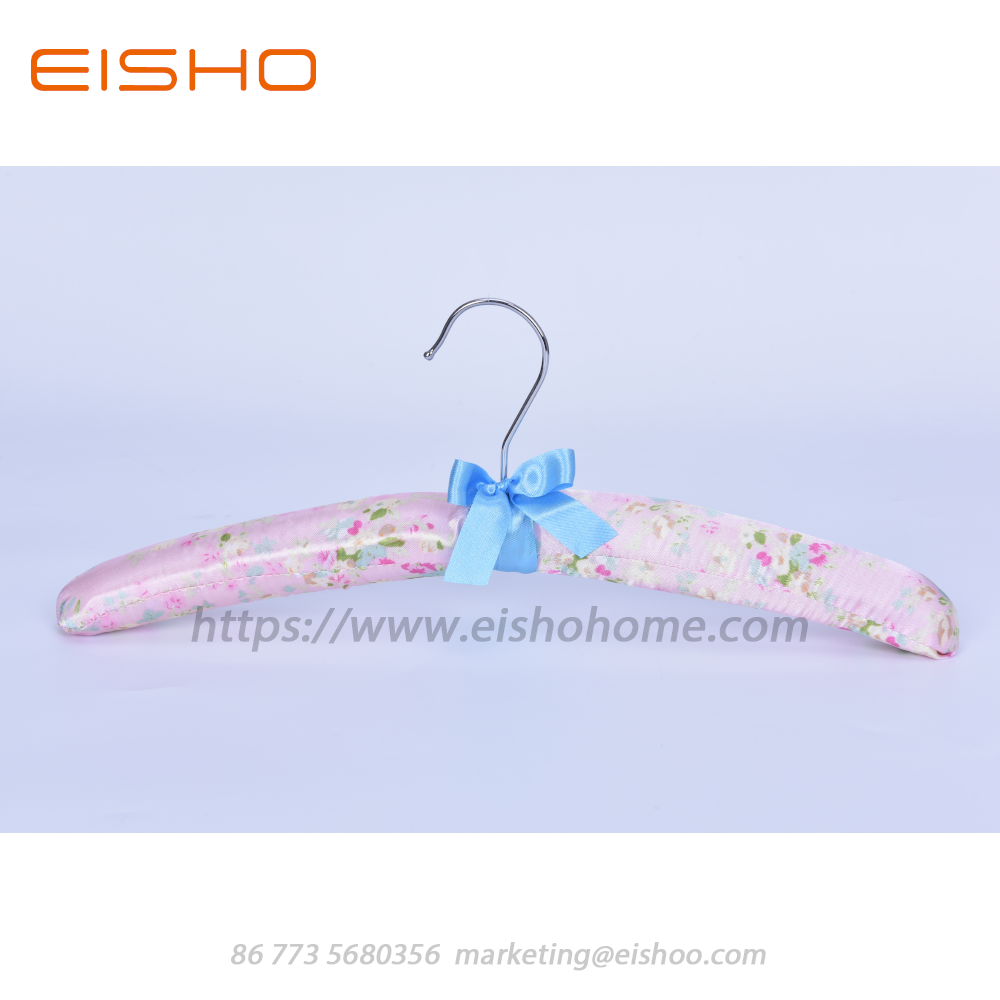 Bb09 1 Pink Satin Padded Hanger