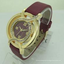 Reloj de pulsera de cuero Quatz Womans correa de cuero OEM barato
