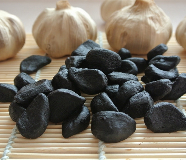 peeled black garlic