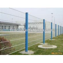 высокий путь загородка ячеистой сети(фабрика)