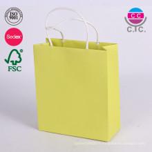 Papier glacé de carton de luxe vêtement transporteur sac en gros
