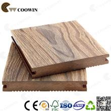 Échantillon gratuit Composite en bois Decking Ignifuge en plein air Couleur originale en bois Bois Plastique Composite Decking
