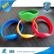Pulseras reutilizables de alta calidad del RFID del silicón para el club de la aptitud del gimnasio