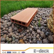 Wasserdichte glatte Oberfläche WPC Decking für Garten Anwendung