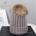 Gros personnalisé enfant enfant beanie maman et bébé correspondant tricot réel fourrure de raton laveur pom pom chapeau hiver