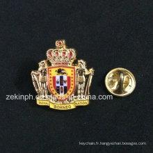 L'insigne de broche de souvenir de couronne en métal 3D avec émail doux