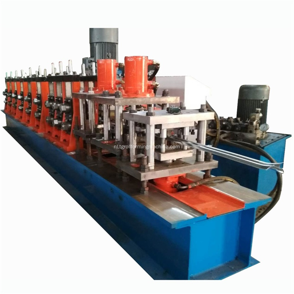 W Type Palisade Security Fence Roll Forming Machine