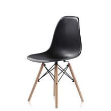 Beliebte PP Kunststoff Sitz Buche Beine Beine Stühle Billig Verkauf