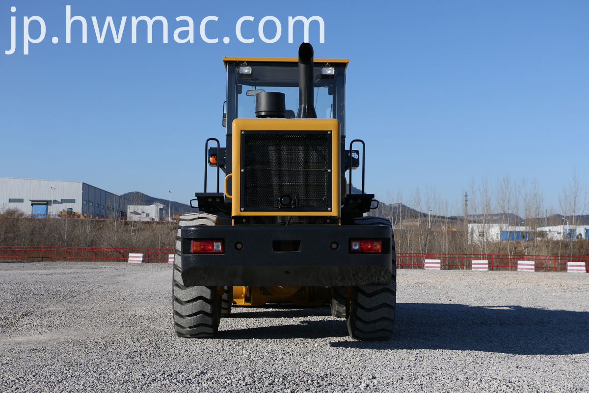 SEM Brand New Bucket Loader