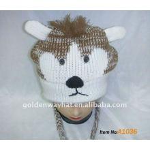 Chapeau ajusté pour chapeau d'hiver à l'aide et est un chapeau tricoté