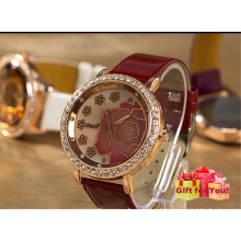 Moda Graceful Rose Pattern Crystal Exquisite Watch Cestbella Presentes especiais Lady's Watch
