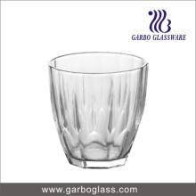 Gobelet en verre à motifs, coupe en verre