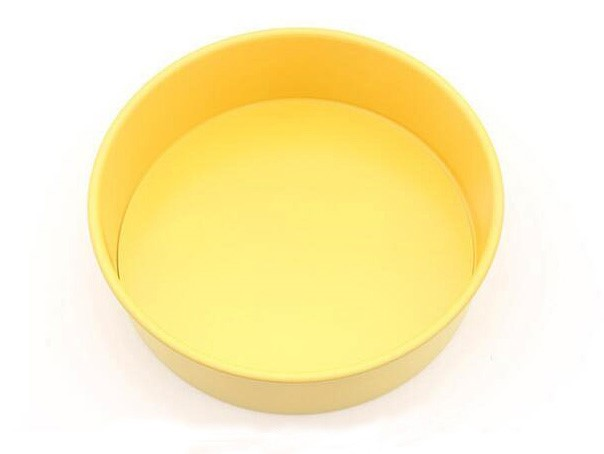 10' Carbon Steel Non-Stick Round Cake Pan With Removable Bottom -Yellow (18)