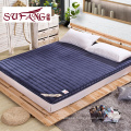 Luxury hotel cheap and fineWhite removable waterproof bed mattress protector cover