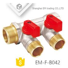EM-F-B042 Válvula de bola de latón niquelado Colector de 2 vías