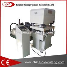 Machine hydraulique de presse de quatre piliers (presse hydraulique DP 300TA)