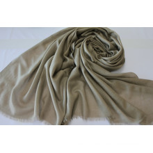 Bufanda de cachemira caliente en invierno