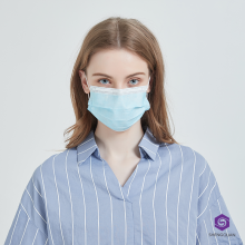 Masque facial jetable confortable et respirant à 3 plis à vendre