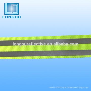 ferro ou costurar fita reflexiva para colete de segurança