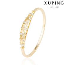 51550 xuping al por mayor 18k chapado en oro brazaletes de moda de mujer con piedra