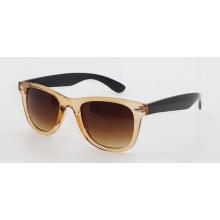 Пластиковые модные солнцезащитные очки для мужчин