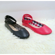 Popular mulheres flat único sapato fivela Moda mais recente fivela cinto mulheres sapatos baixos senhoras bailarina sapatos