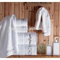 100% algodón bordado logo toalla de baño blanco