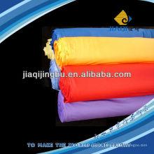 Pano de limpeza em rolo com várias cores