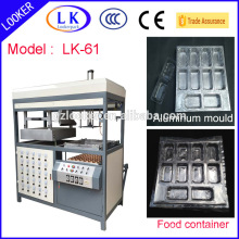 Sandwich PP tray vacuum forming machine