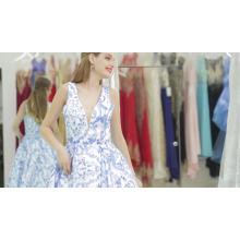 2017 amazon venda quente 2 pcs set chiffon até o chão da dama de honra vestido de ombro lilás da dama de honra do vestido para o casamento ocidental desgaste