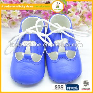 Mode chaussures d'été nouveau style bon marché pu chaussures en cuir pu