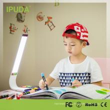 2018 mejor lámpara de mesa de estudio de diseño con sensor de brillo regulable para estudiantes