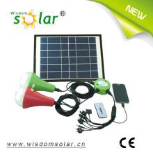 Intégré au Lithium Batterie LED solaire kit d'éclairage à la maison avec chargeur de téléphone portable